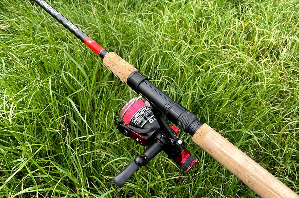 Mulineta-pentru-pescuit-la-feeder
